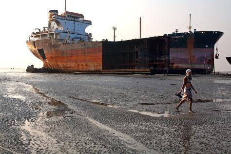 Bangladesh_Ship_Breaking_6737_PRINT-2
